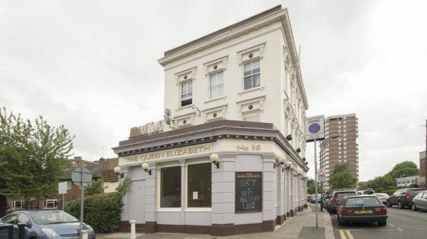 Queen Elizabeth Pub and Hostel Chelsea