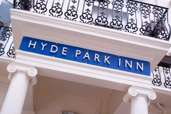 Smart Hyde Park Inn