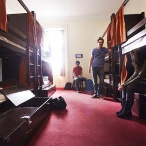 Hostele i Schroniska - Palmers Lodges - Swiss Cottage