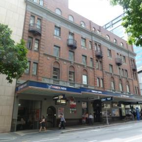Hostele i Schroniska - Base Brisbane Embassy