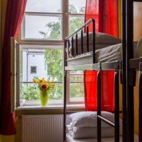 Hostele i Schroniska -  Let's Rock Hostel
