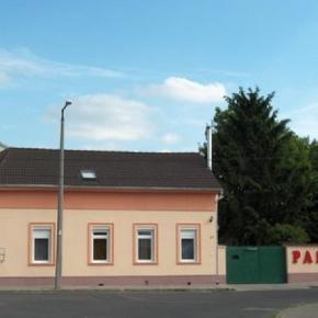 Hostele i Schroniska - Jade House
