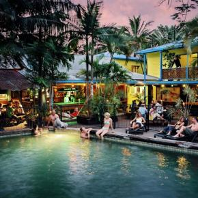 Hostele i Schroniska - Calypso Inn Backpackers Resort Cairns