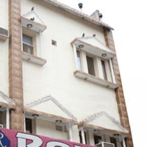 Hostele i Schroniska - Hotel Roxy DX.