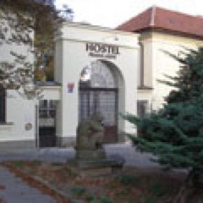 Hostele i Schroniska - Hostel Praha Ládví