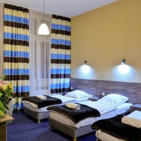 Hostele i Schroniska - Blue Hostel