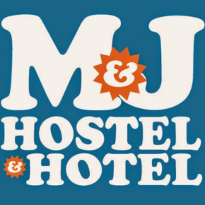 Hostele i Schroniska - M and J Place Hostel