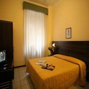 Hostele i Schroniska - Hotel La Pace