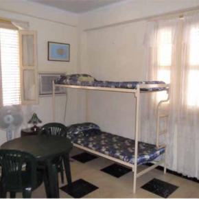 Hostele i Schroniska - Havana Hostel Iraida
