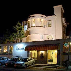 Hostele i Schroniska - Hotel Ratnawali