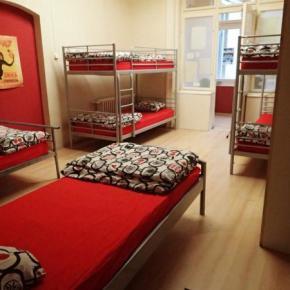 Hostele i Schroniska - Carpe Noctem