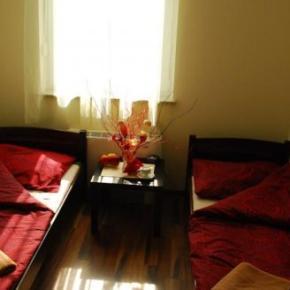 Hostele i Schroniska - Royal Hostel
