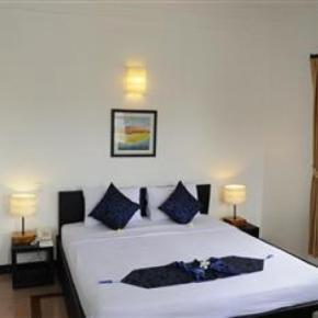 Hostele i Schroniska - Frangipani Villa Hotel