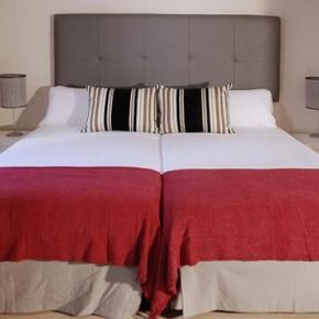 Hostele i Schroniska - Oasis Urban Lodge