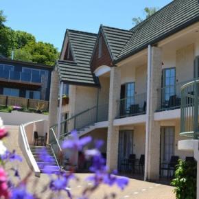 Hostele i Schroniska - Colonial Lodge Motel