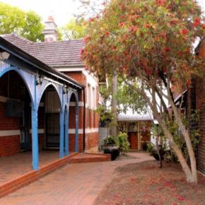 Hostele i Schroniska - Coolibah Lodge