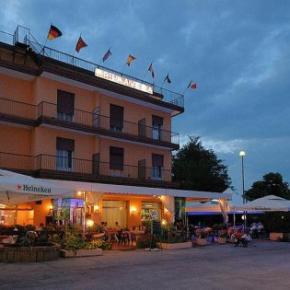 Hostele i Schroniska - Hotel Primavera