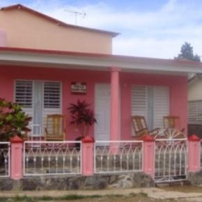 Hostele i Schroniska - Villa Aracelys y Papo