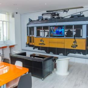 Hostele i Schroniska - Golden Tram 242 LISBON Hostel
