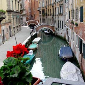Hostele i Schroniska - Residenza Ca' Dario & Corte Canal