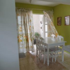 Hostele i Schroniska - Casa Ruth