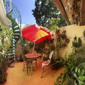 Hostele i Schroniska - Casa Bernardo