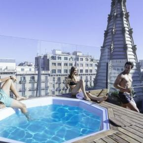 Hostele i Schroniska - Urbany Hostel BCN GO!
