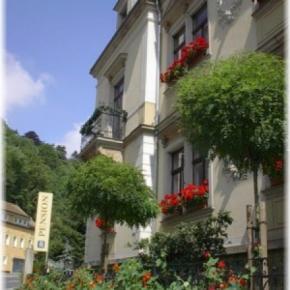 Hostele i Schroniska - Gästehaus Loschwitz