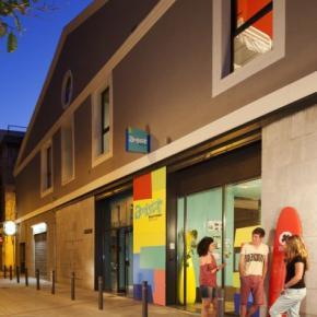 Hostele i Schroniska - Amistat Beach Hostel Barcelona