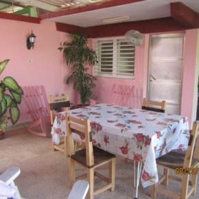 Hostele i Schroniska - Casa Carmen y Daniel
