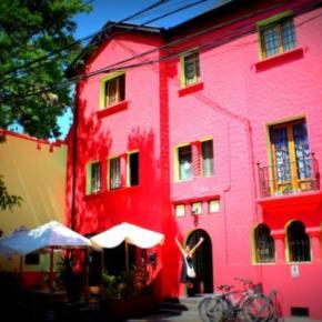 Hostele i Schroniska - Ají Hostel