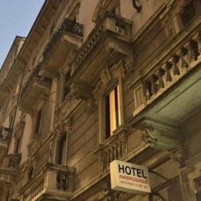 Hostele i Schroniska - Hotel Ambrosiana