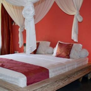 Hostele i Schroniska - Pearl Hotel