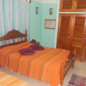 Hostele i Schroniska - Hostal La Española Trinidad