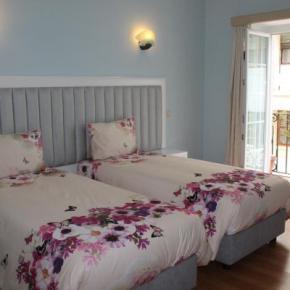 Hostele i Schroniska - Grande Oceano Guest House