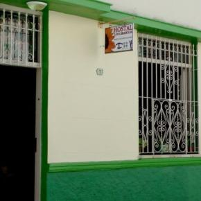 Hostele i Schroniska - Hostal Los Girasoles
