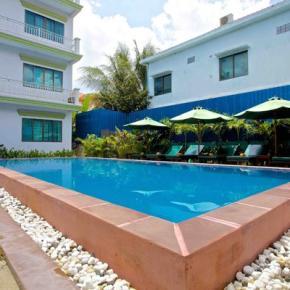 Hostele i Schroniska - Damnak Riverside Hotel