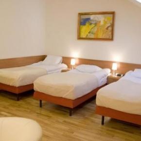 Hostele i Schroniska - Kajzer Hostel & Apartments