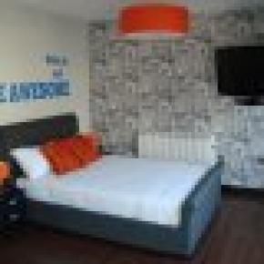 CODE Hostel
