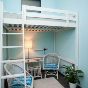 Hostele i Schroniska - Hollywood Hostel