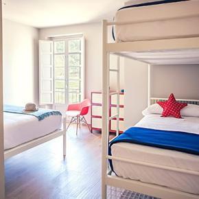Hostele i Schroniska - Alcazaba Premium Hostel