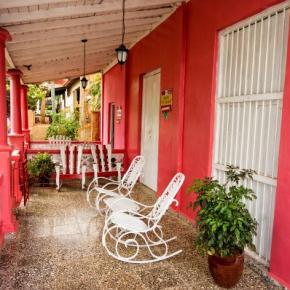 Hostele i Schroniska - Casa Colonial Dany y Carlos