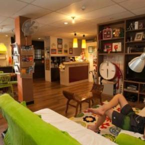 Hostele i Schroniska - River City Inn