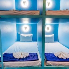 Hostele i Schroniska - SnoozePod Hostel