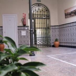 Hostele i Schroniska - Pension Azahar