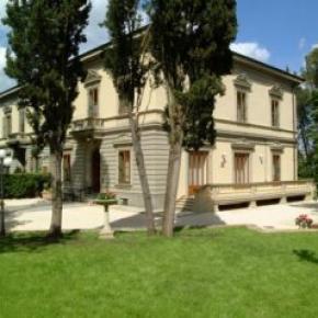 Hostele i Schroniska - Residence Michelangiolo