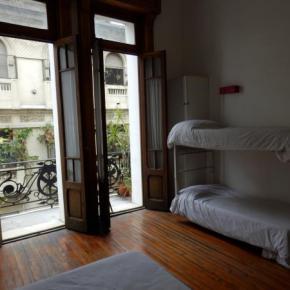 Hostele i Schroniska - Ostinatto Hostel