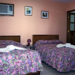 Hostele i Schroniska - Hostal Malecón