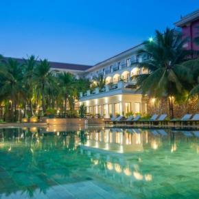 Hostele i Schroniska - Lotus Blanc Hotel