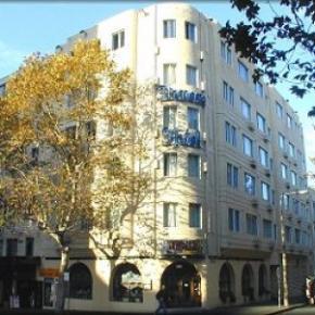 Hostele i Schroniska - Devere Hotel